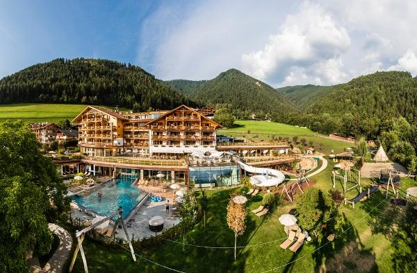 Hotel Con Piscina Esterna Trentino Alto Adige
